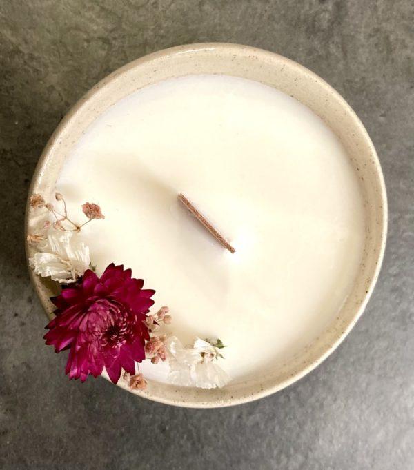 Bougie fleurs séchées